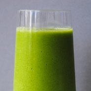 Pineapple Ginger Green Smoothie